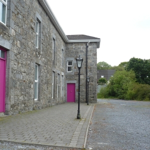 old-building-at-moycullen-village