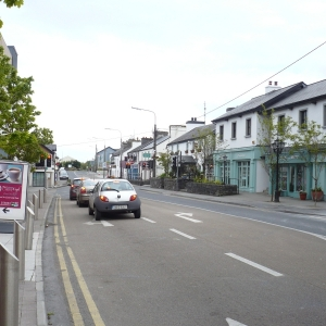 heading-east-into-moycullen-village