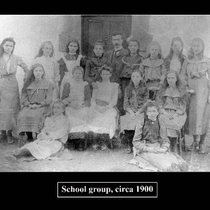 school-group-1900